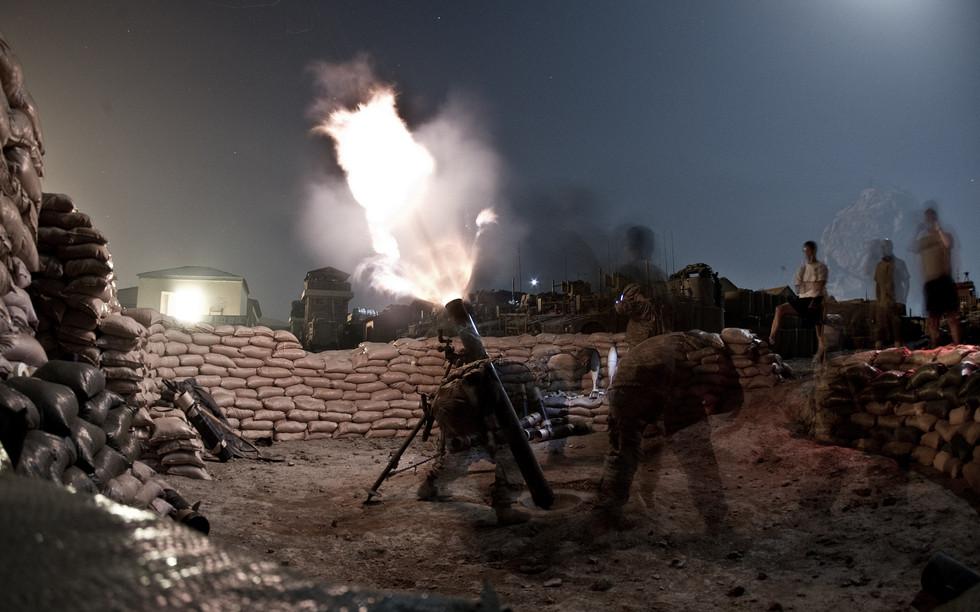 Mörserfeuer nahe der Stadt Sar Howsa