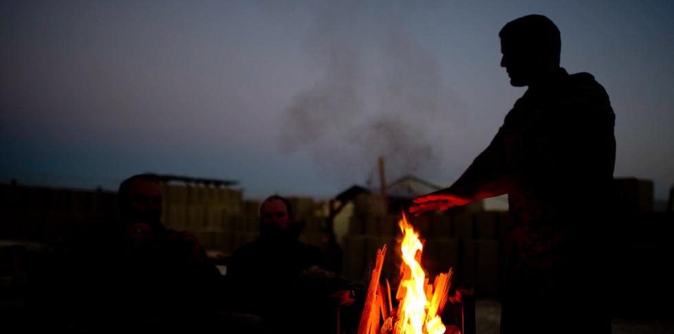Lagerfeuer im deutschen Camp