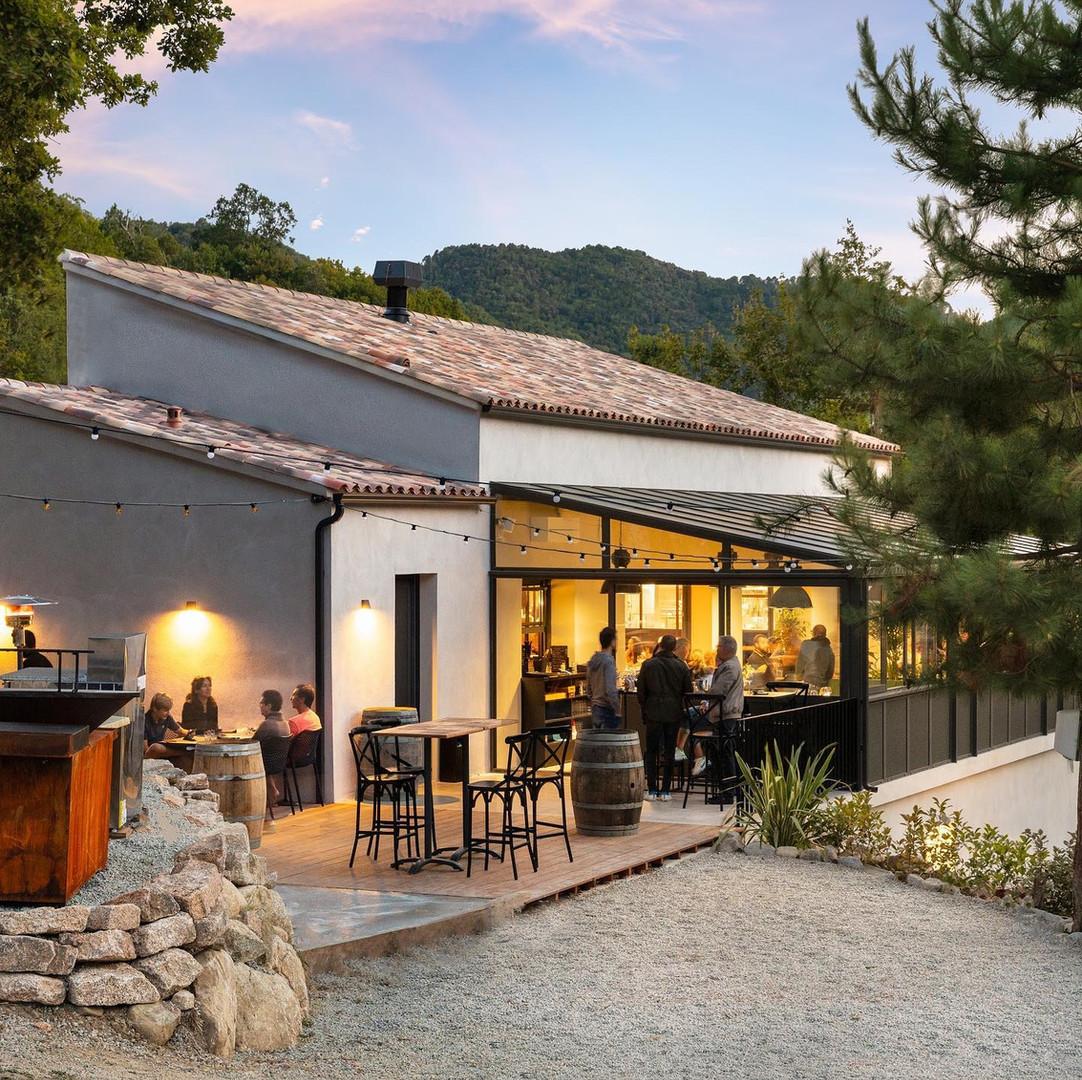 Restaurant_lena_pantalacci_architecte_corse_02.jpg4.jpg