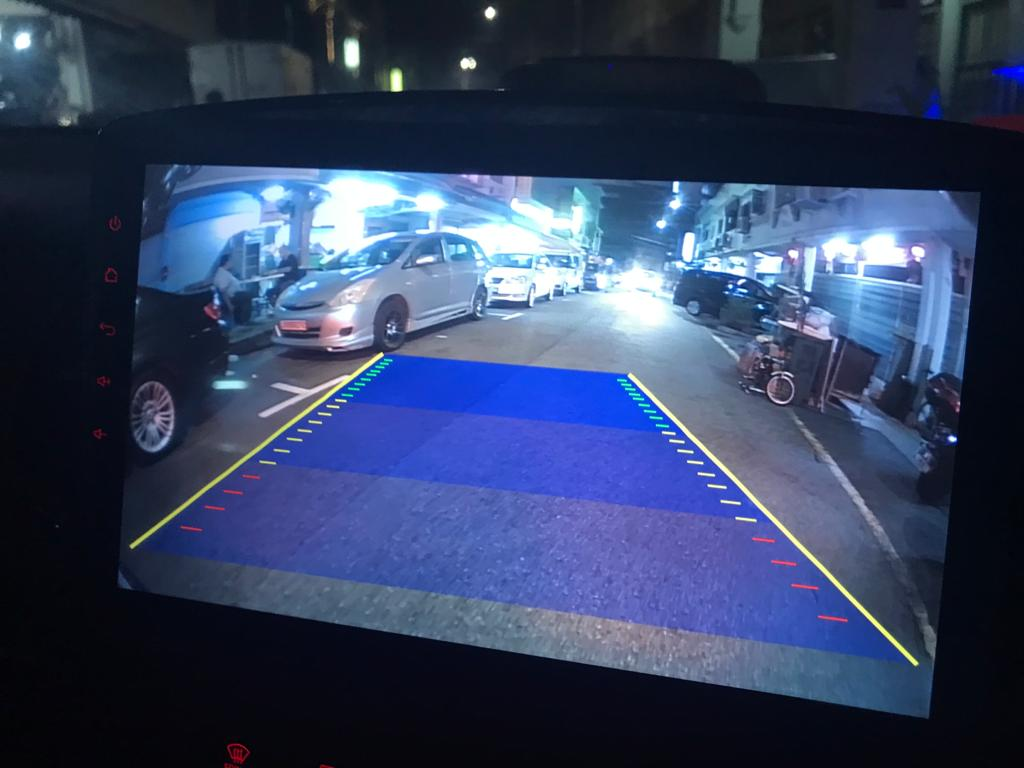 Pixels AHD Reverse Camera CM style 2 track