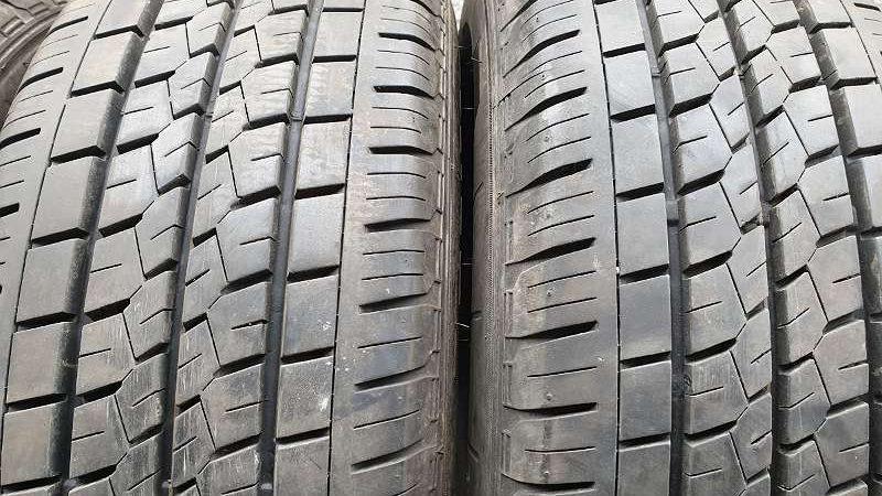 215/65R15C 104/102T Fast Neu Bridgestone Sommerreifen