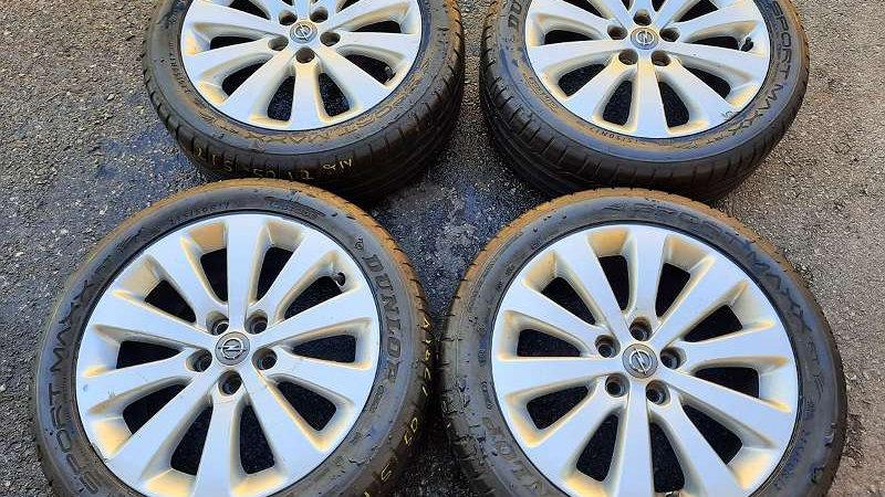 Opel Astra, Vectra Original Alufelgen mit Fast Neu 215/50R17 91Y Dunlop Sport Ma