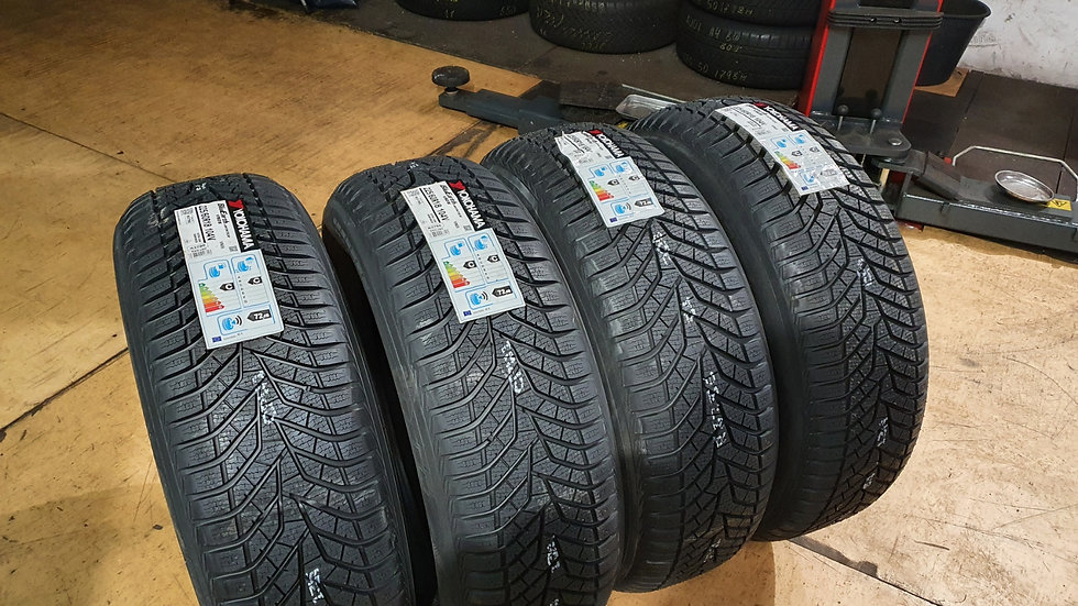 Yokohama BluEarth Winter V905 225/60R18 104V
