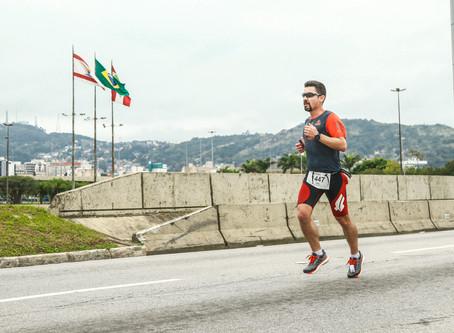 Quem corre ao seu lado te motiva ou desestimula?