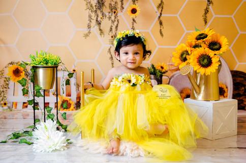 sunflower-theme-baby-shoot.jpg