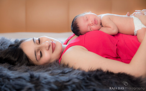 mother and newborn baby pictures
