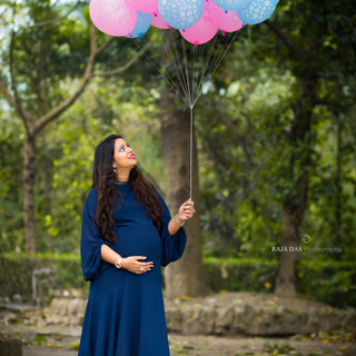 budget maternity photography.jpg
