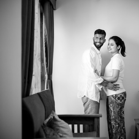 7 Things to remember while selecting a Maternity Photographer