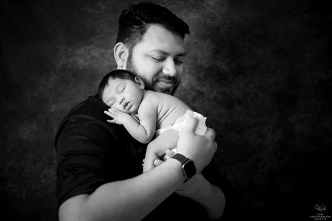 baby-photo-with-daddy.jpg