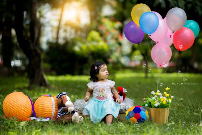 the baby photographer