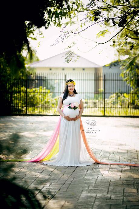 best-maternity-photographer-kolkata.jpg