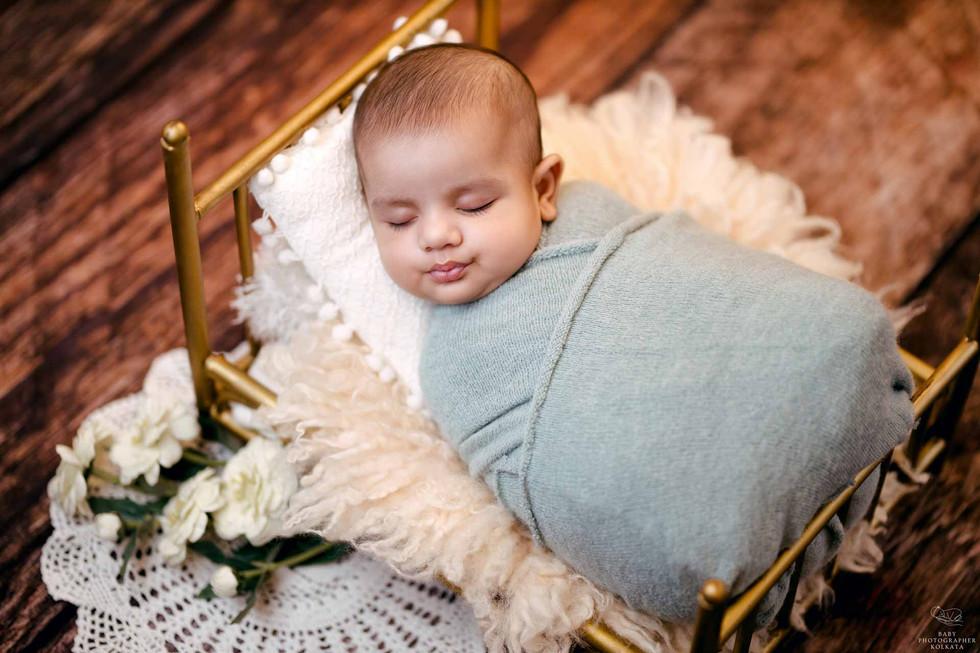 newborn-baby-session.jpg