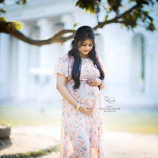 outdoor-pregnancy-photography.jpg