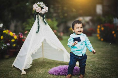 one-year-baby-photoshoot.jpg