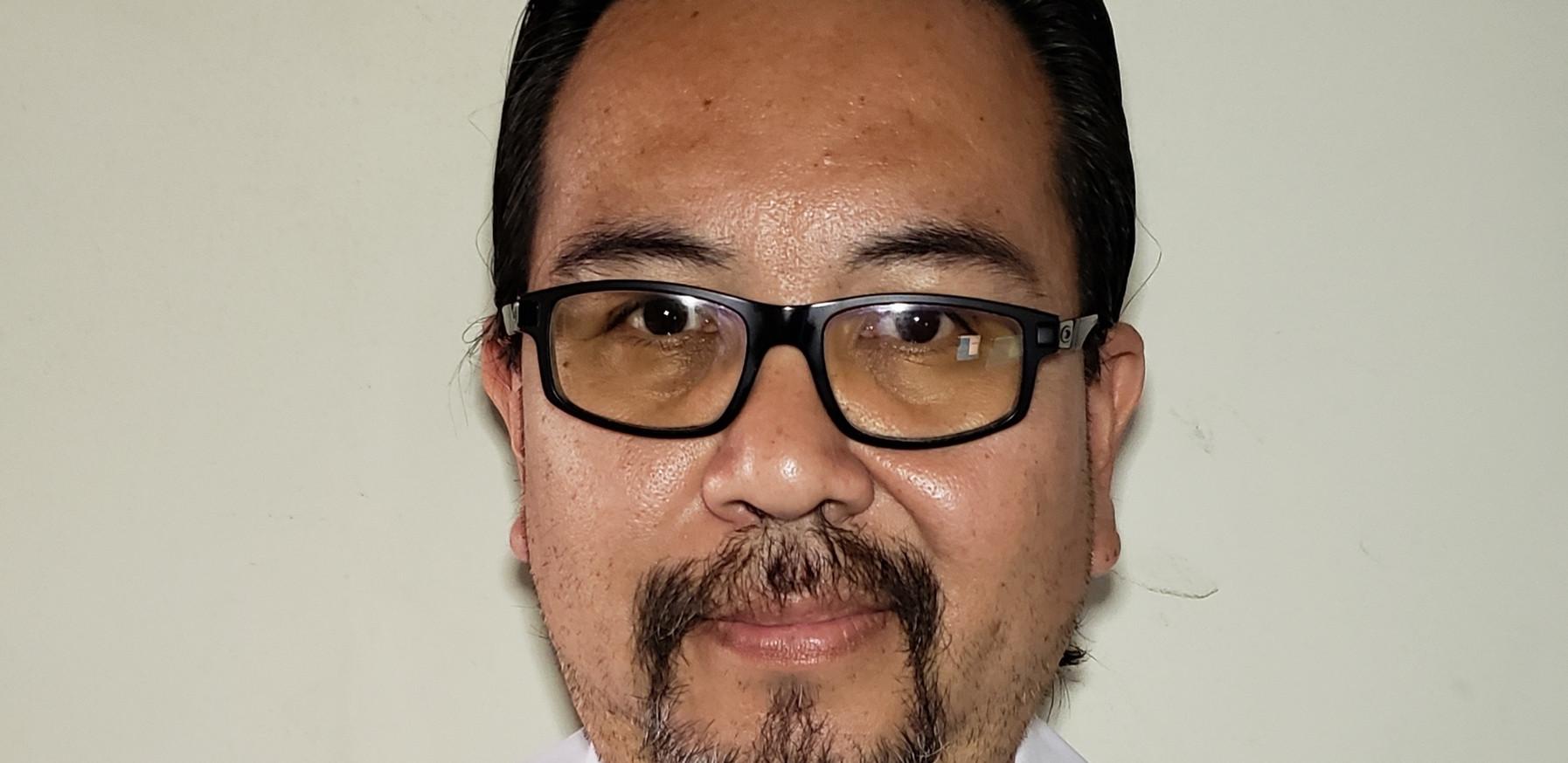 DR. MIGUEL EDUARDO CHIPANA OSIRO