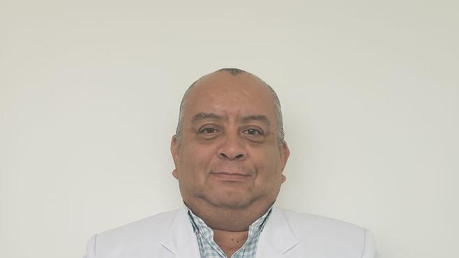 DR. MOISES EDUARDO CASTRO LANDA