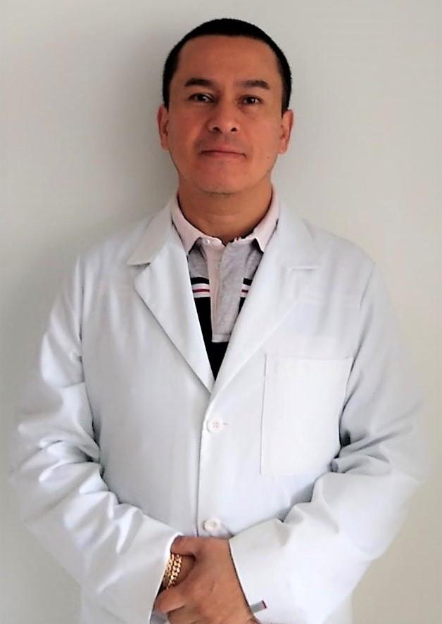 DR. SAMUEL PECHO SILVA