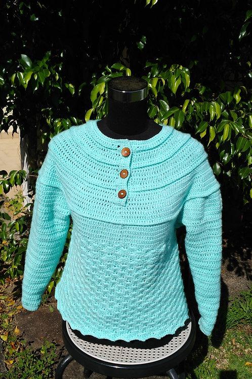 Pull création au crochet bleu mer