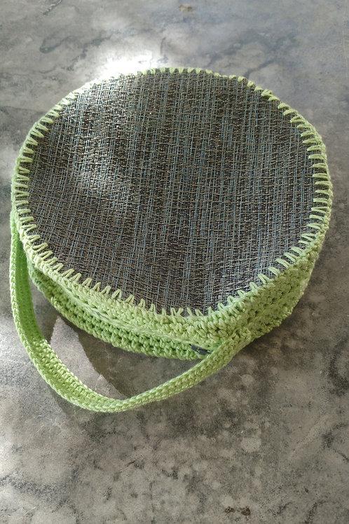 """Pochette ronde création au crochet """"gris et vert"""""""