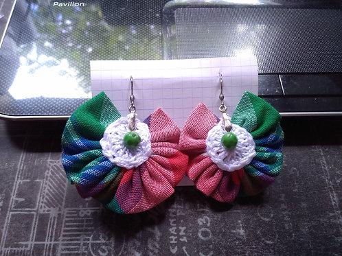 B.O 09 Boucles d'oreilles tissu madras et crochet