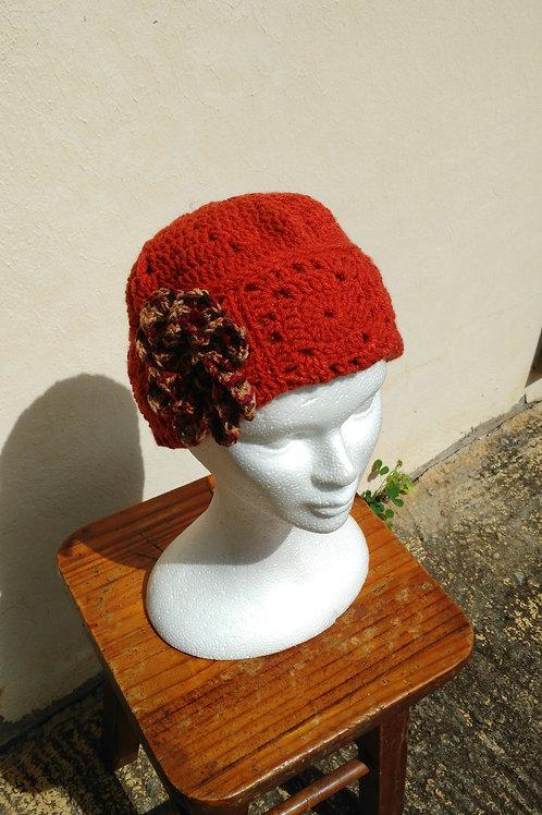 chapeau ou béret rouille création au crochet