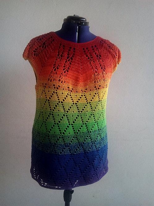 tee-shirt multicolor au crochet