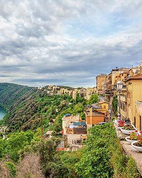 Castelli_travelway.jpg