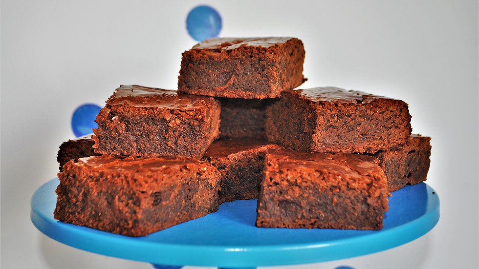 Luxury Classic Brownie Gift Box       Prices From