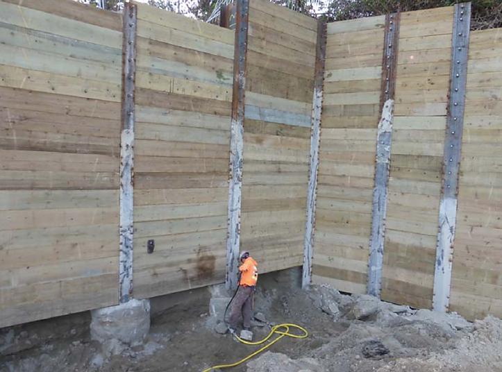 Fortis Pile shoring design with no tiebacks
