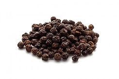 Whole-Black-Pepper-1-560x373.jpg