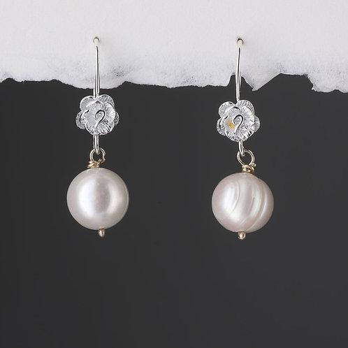 Rose Hook with Cream Fresh Water Pearl Earrings
