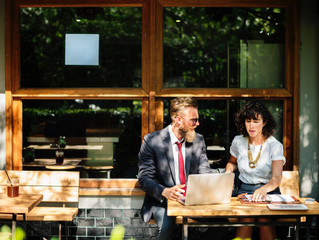6 tips to consider when hiring an immigration lawyer or consultant