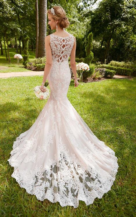 Hazel Stella York Bridal Gown V-neck Mermaid Corded Lace Back