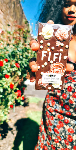 A Bloom Delight personalised chocolate bar