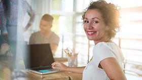mujer-sonriendo.jpg
