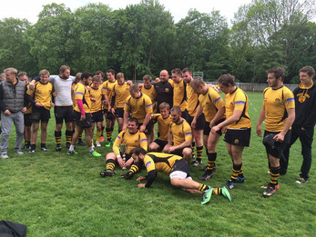 B-tým vyhrál první ligu