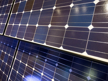 5 Commercial Solar Power Benefits Your Business Can't Afford to Miss