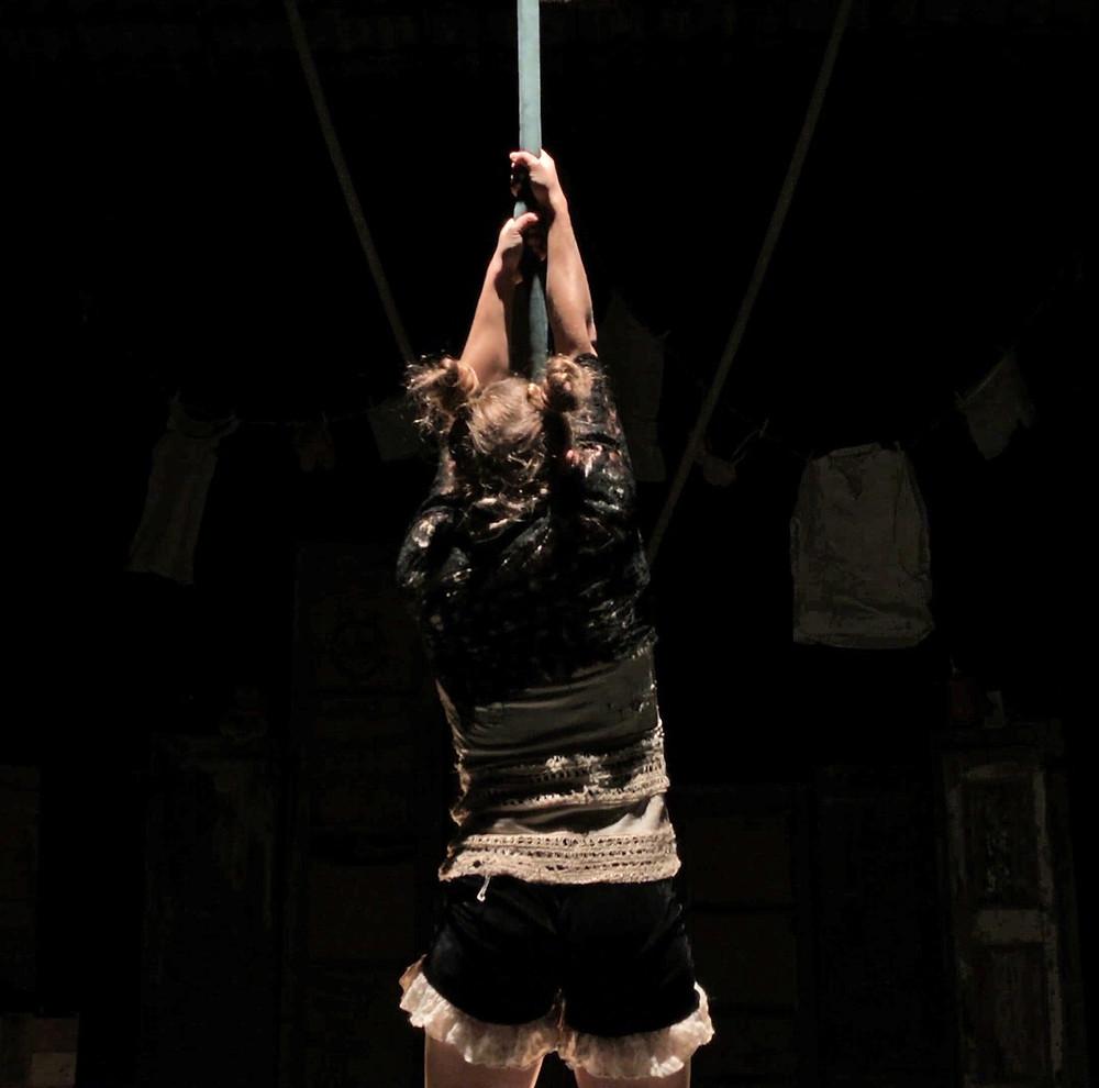 acrobatica aerea, corda aerea, danza, espressività