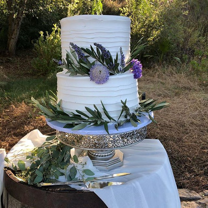 Rustic Cake with greenery and lavender! love love this simplistic yet elegant cake. Congrats to Taylor and Sid.jpg