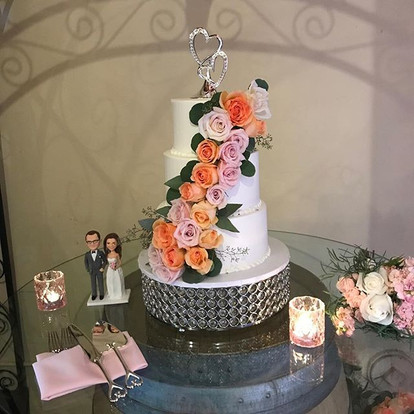 Wedding season is at it's peak! Come in to the bakery for a consult and tasting! #weddingcake #batter__up_bakery_temecula #buttercreamcake #