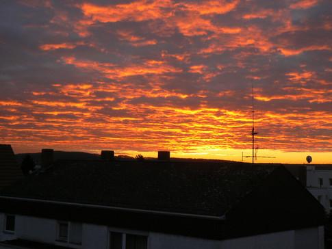 Sonnenaufgang in Ostwieseck.jpg