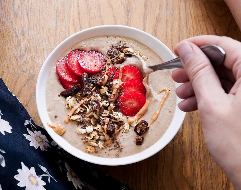 SUKLAA-MOKKASMOOTHIE / Mocca Chocolate Bowl