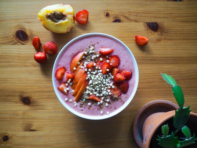 MANSIKKA-BANAANISMOOTHIE / Strawberry-Banana Smoothie