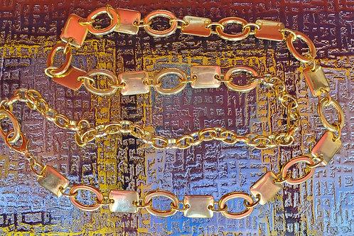 Gold Chain Metal Belt / Size Medium