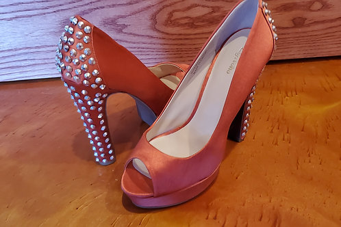 Zigisoho Satin Coral with Silver Studded 5 1/2 Inch Heels / Size 8 1/2