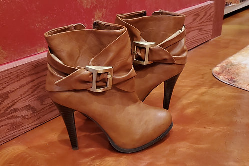 Love Culture Tan Leather Buckle 4 Inch Heel Boots / Size 7.5