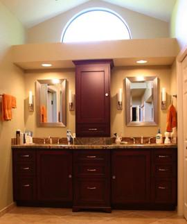 Bathroom%20Vanity_edited.jpg