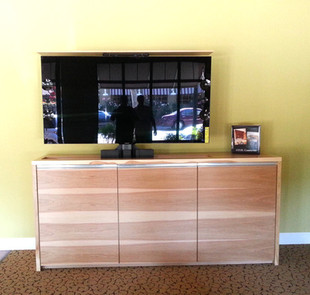 Avid-%20Credenza%20with%20TV%20lift%20Re