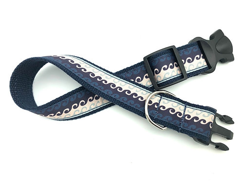 Ocean Waves Dog Collar & Leash