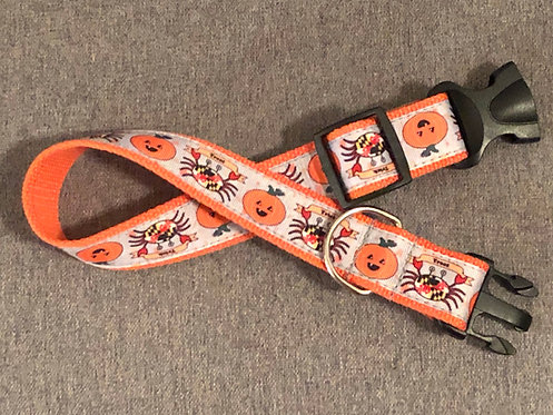 "1 1/4"" ""Trick"" or ""Treat"" Crabs and Pumpkins Dog Collar or Leash"